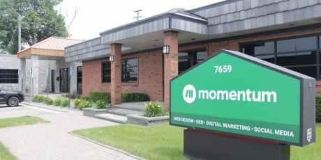 momentum office (1)